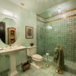 Premium Queen Bathroom
